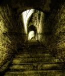 Lost in dungeon by Beezqp