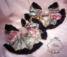 Lolita Lace Floral Hairbow Clips by AtraNubes