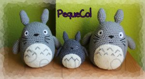 Totoro Family! xD by PequeCol