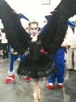 Black swan cosplay by Elfsire