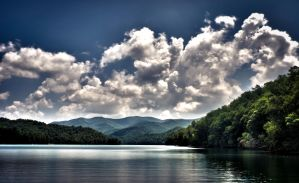 Lake Nantahala, Appalchia, NC by rynmln