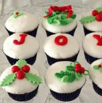 Deck the cakes by christmas-cupcakes