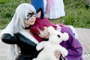Annie and Black Cat :3 by mirakurum