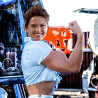 Heather Langenkamp muscled by Turbo99