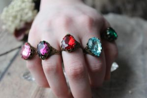 Vintage Ruby Ring Crown Set by artistiquejewelry
