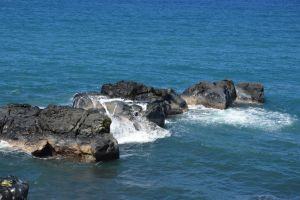 Rocks after wave of Indian Ocean by A1Z2E3R