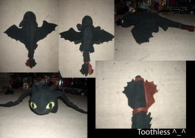 Toothless Plush by Ulla-Andy