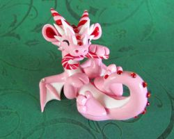 Sweet Mint Dragon by DragonsAndBeasties