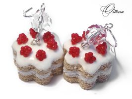 Cake with raspberries by OrionaJewelry