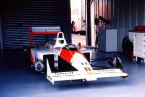 McLaren MP4/4 (Great Britain 1988) by F1-history