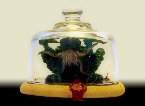 Cthulhu under Glass by GrimGringels