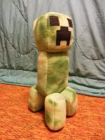 Large Creeper Plushie by ninjakitty94