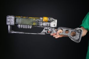 AER9 laser rifle by ShawnSnow
