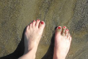Flecks of Gold on My Toes by Dani-the-Naiad