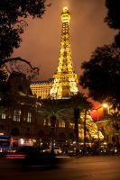 Las Vegas Eiffel Tower by hasanaljanaby