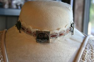 Lace and Dragonflies Choker by KouranKiyo