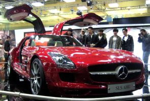 Metallic Red SLS AMG by toyonda