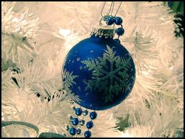 Christmas Decorations - IX by GillesBone