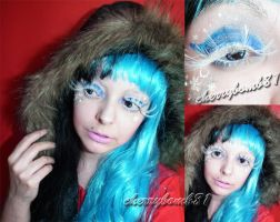 Christmas Makeup look snow flakes by cherrybomb-81
