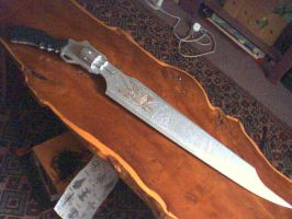 the wooden gunblade by RAGNAponik