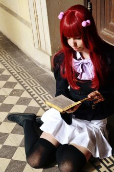Reading... by AchiiWorks