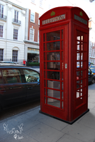 London Phone Booth by heavenideas