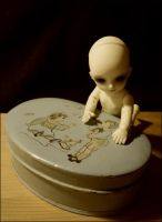 Box of Memories by nineveh-resin-family