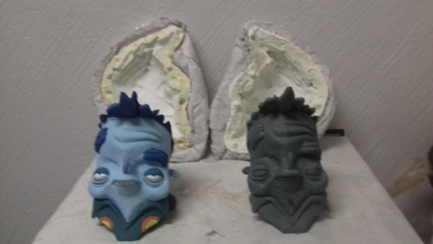 Both moville Busts Made by Victor Aviles by movillefacepalmplz
