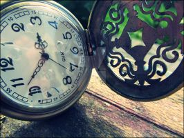 time ticks away by Fluessiges-Feuer