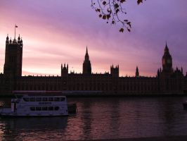 Houses of Parliament by samtheartman