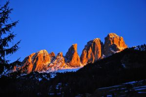 Red Dolomites by rainshine21