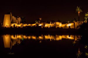 karnak temple in the night by wolfreen