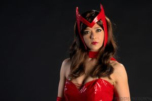 Scarlet Witch Dark Eyed by HollyGloha