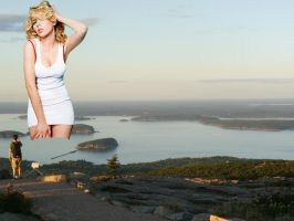 GIANTESS SCARLETT JOHANSSON LOOKING SEXY by darthbriboy