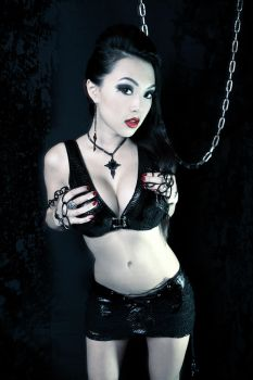 Black Spider by VampBeauty