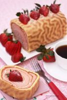 Strawberry Roll Cake by theresahelmer