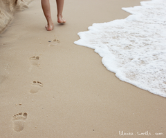 footsteps by xanzie
