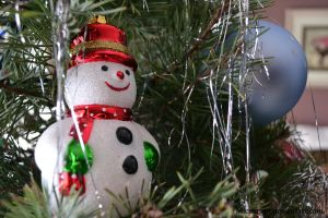 Snowman Ornament by micperson