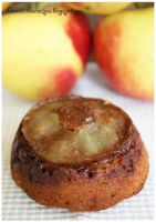Healthy apple and honey muffin by China-Dolly