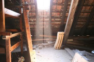 Old attic short exposure time. by Hoschie-Stock