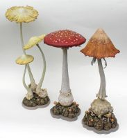 Mushroom Sculptures x3 by thebiscuitboy