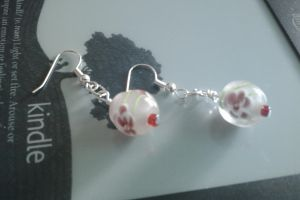 Pink Flower Bead Earings by thepapercraftcouple