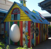 Hannah Montana Chicken Coop by vicky987654321