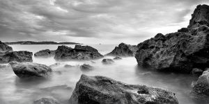 broadsands rocks by scott-leeson
