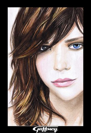 Colored Pencil Brunette by theGaffney - Avatar Bulmaca
