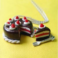 Yummy ChOcOlAtE Cake necklace by ColourLab
