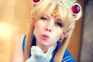 Super Sailor Moon - Sailor Moon II by Cosbabe