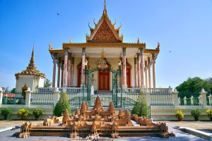 The Silver Pagoda by CitizenFresh
