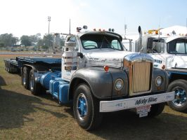 Mack B-model on display 5 by RedtailFox