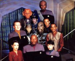 Sovereign T'Kon and Family's visit to DS9 by Empress-XZarrethTKon